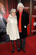 Première van de musical Sonneveld in DeLaMar theater, Amsterdam.<br /> <br /> Op de foto:  Paul van Vliet en partner