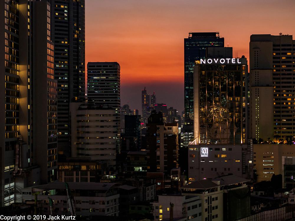 08 MARCH 2019 - BANGKOK, THAILAND: Sunset over Bangkok as seen from the EmQuartier, an upscale mall on Sukhumvit Rd.    PHOTO BY JACK KURTZ