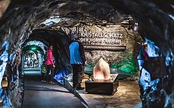 THEMENBILD - Touristen in der Gletscherwelt 3000 am Kitzsteinhorn, aufgenommen am 16. Juli 2019 in Kaprun, Österreich // Tourists in the glacier world 3000 at the Kitzsteinhorn, Kaprun, Austria on 2019/07/16. EXPA Pictures © 2019, PhotoCredit: EXPA/ JFK