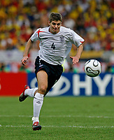 Photo: Glyn Thomas.<br />England v Ecuador. 2nd Round, FIFA World Cup 2006. 25/06/2006.<br /> England's Steven Gerrard.