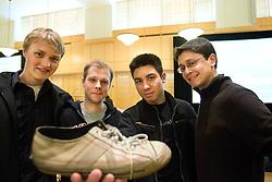 Stanford Entrepreneur Week Imagine It rubber band project. Winners announced at Stanford Alumni Center. Shoe-bands team members. Winner of crowd favorite. Contact: Carl Cummings (left).