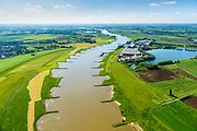 Nederland, Gelderland, Arnhem, 29-05-2019; Omgeving IJsselkop, splitsing Nederrijn in Nederrijn en IJssel. Zicht Nederrijn richting Duitsland. Zwanewater en Looveer (Steenfabriek).<br /> IJsselkop, junction Nederrijn in Nederrijn to Arnhem and IJssel (right).<br /> <br /> luchtfoto (toeslag op standard tarieven);<br /> aerial photo (additional fee required);<br /> copyright foto/photo Siebe Swart