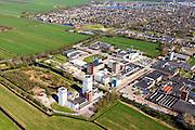 Nederland, Friesland, Gemeente Skarsterlan (Scharsterland), 01-05-2013; Joure, fabriek van Douwe Egberts met Haskerveenpolder en nieuwbouwwijk Skipsleat.<br /> Coffee Factory of the Douwe Egberts Company in the polder. <br /> luchtfoto (toeslag op standard tarieven)<br /> aerial photo (additional fee required)<br /> copyright foto/photo Siebe Swart