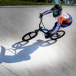 05-05-2020: Wielrennen: BMX KNWU: Papendal  <br />De BMX'ers mochten de baan weer op. Merle van Benthem
