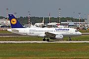 D-AILH Lufthansa, Airbus A319-114 at Malpensa (MXP / LIMC), Milan, Italy