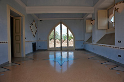 Antica Villa con Bosco sulla Provinciale Per Ruffano, Specchia..Attualmente Studio Legale Avv. A. Manco