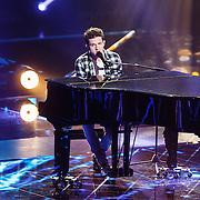 NLD/Hilversum/20160122 - 6de live uitzending The Voice of Holland 2016, Charlie Puth