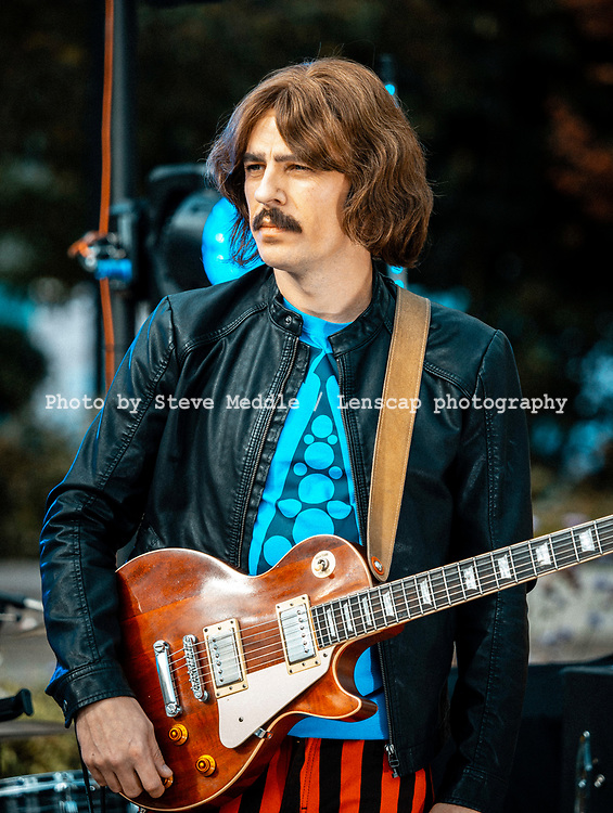 The Bootleg Beatles - Stephen Hill as George Harrison