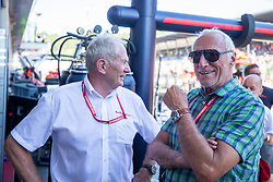 30.06.2019, Red Bull Ring, Spielberg, AUT, FIA, Formel 1, Grosser Preis von Österreich, Siegerehrung, im Bild v.l.: Dr. Helmut Marko (AUT, Red Bull Racing), Dietrich Mateschitz (AUT) Red Bull Gruender und Eigentuemer // f.l.: Red Bull Racing Motorsport Consultant Dr. Helmut Marko (AUT) CEO and Founder of Red Bull Dietrich Mateschitz (AUT) during the Winner ceremony for the Austrian FIA Formula One Grand Prix at the Red Bull Ring in Spielberg, Austria on 2019/06/30. EXPA Pictures © 2019, PhotoCredit: EXPA/ Dominik Angerer