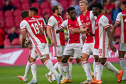 Dusan Tadic of Ajax scores and celebrate with Mohammed Kudus of Ajax, Antony of Ajax, Daley Blind of Ajax, Zakaria Labyad of Ajax, Quincy Promes of Ajax during eredivisie round 02 between Ajax and RKC at Johan Cruyff Arena on September 20, 2020 in Amsterdam, Netherlands