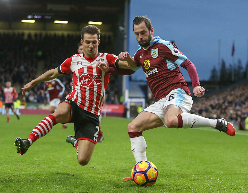 Burnley's Steven Defour battles with Southampton's Cedric Soares<br /> <br /> Photographer Alex Dodd/CameraSport<br /> <br /> The Premier League - Burnley v Southampton - Saturday 14th January 2017 - Turf Moor - Burnley<br /> <br /> World Copyright © 2017 CameraSport. All rights reserved. 43 Linden Ave. Countesthorpe. Leicester. England. LE8 5PG - Tel: +44 (0) 116 277 4147 - admin@camerasport.com - www.camerasport.com