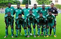 Fotball<br /> Nigeria v Saudi Arabia<br /> Wattens Østerrike<br /> 25.05.2010<br /> Foto: Gepa/Digitalsport<br /> NORWAY ONLY<br /> <br /> FIFA Weltmeisterschaft 2010 in Suedafrika, Vorberichte, Vorbereitung, Vorbereitungsspiel, Freundschaftsspiel, Laenderspiel, Nigeria vs Saudi-Arabien. <br /> <br /> Bild zeigt die Mannschaft von NGR mit Nwankwo Kanu, Victor Anichebe, Joseph Yobo, Ayila Yussuf, Daniel Shittu, Austin Ejide (hinten von links); Chinedu Obasi, Peter Suswam, Elderson Echiejile, Kalu Uche und Lukman Haruna (vorne von links). <br /> Lagbilde Nigeria