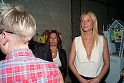 ALEX SHULMAN; GWYNETH PALTROW, Vogue: Fashion's Night Out: Stella McCartney. Stella McCartney, 30 Bruton Street, London. 8 September 2010.  -DO NOT ARCHIVE-© Copyright Photograph by Dafydd Jones. 248 Clapham Rd. London SW9 0PZ. Tel 0207 820 0771. www.dafjones.com.