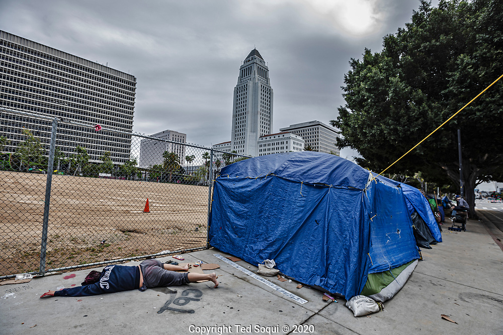 "Los Angeles area freeways remain near empty due to ""stay at home"" orders by local authorities. Los Angeles is aggressively   attempting to flatten it's curve of Covid-19 cases.<br /> 4/6/2020 Los Angeles, CA USA<br /> (Photo by Ted Soqui/SIPA USA)"