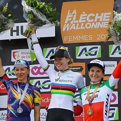 21-04-2021: Wielrennen: Waalse Pijl Elite Women: Huy <br />Anna van der Breggen has won the Flèche Wallonne for the seventh time in a row.  2nd Kasia Niewiadoma and 3th Elisa Longo Borghini