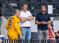 AMSTELVEEN - Coach Sjoerd Marijne (Tilburg) met Assistent Coach Bas van Zundert (Tilburg)  en Igor Wijngaarden (Tilburg)  tijdens de hockey hoofdklasse competitiewedstrijd  heren, Amsterdam-HC Tilburg (3-0).  COPYRIGHT KOEN SUYK