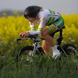 CYCLING 's-Heerenhoek: De eerste tijdrit voor vrouwen in het kader van de tijdritcompetitie werd verreden voorafgaand aan de omloop van Borsele. Felicity Wardlow