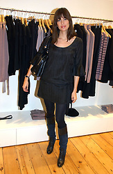 LISA B at the launch party for the Comptoir des Cotonniers boutique, 235 Westbourne Grove, London W11 on 25th October 2006.<br /><br />NON EXCLUSIVE - WORLD RIGHTS