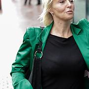 NLD/Amstelveen/20120917 - Uitvaart Rosemarie Smid - Giesen van der Sluis, Lone van Roosendaal