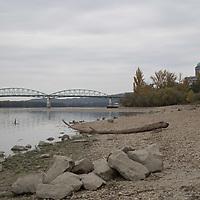 Esztergom - Sand freef Dabube bank 2018