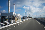 Stormvloedkering, Pijlerdam, onderdeel van de Deltawerken Zeeland - Flood barrier, Pijlerdam, a part of the Delta works, Zeeland, Netherlands
