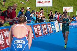 06.07.2013, Kitzbuehel, AUT, ITU World Championship, Dextro Energy Triathlon Kitzbuehel, Elite Damen, im Bild Jodie Stimpson (GBR) und Emma Jackson (AUS) // Jodie Stimpson (GBR) with Emma Jackson (AUS) during Elite Women of ITU World Championship Dextro Energy Triathlon Kitzbuehel, Austria on 2013/07/06. EXPA Pictures © 2013, PhotoCredit: EXPA/ Juergen Feichter