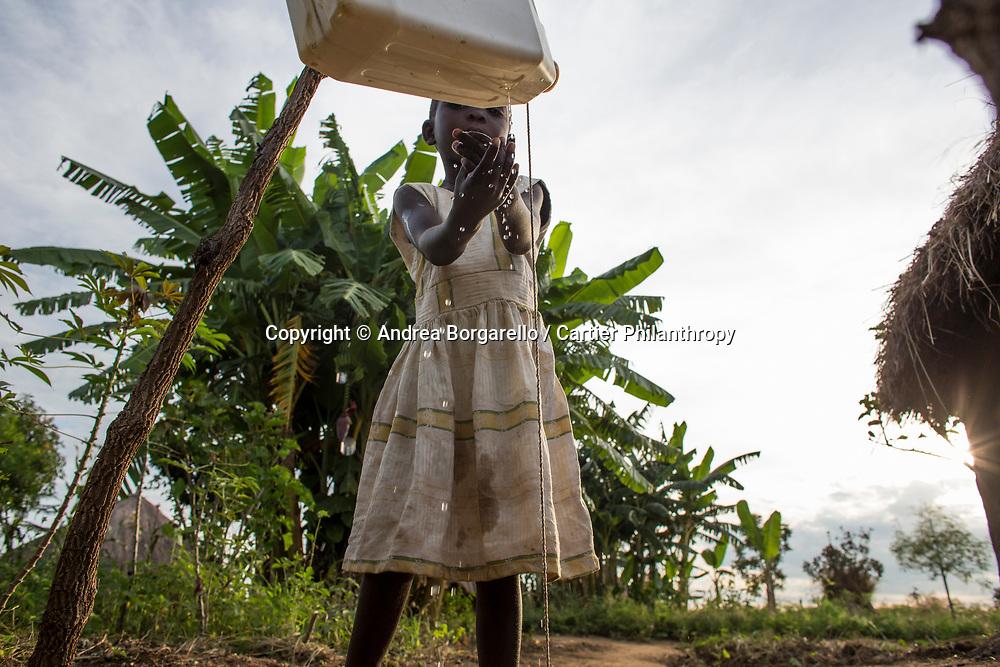 Uganda - Red Cross program - Lake Albert - No man's Land at the border with RD Congo
