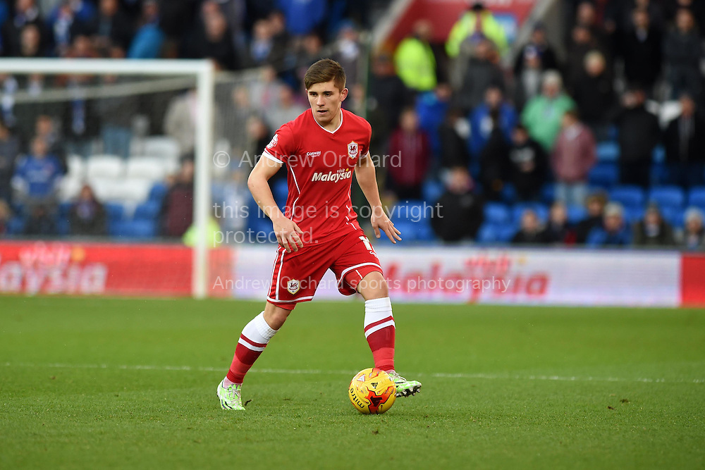 Declan John of Cardiff city in action. Skybet football league championship match, Cardiff city v Watford at the Cardiff city stadium in Cardiff, South Wales on Sunday 28th December 2014<br /> pic by Andrew Orchard, Andrew Orchard sports photography.