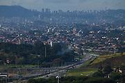 Belo Horizonte_MG, Brasil...Linha verde em Belo Horizonte, Minas Gerais...The avenue in Belo Horizonte, Minas Gerais...Foto: LEO DRUMOND / NITRO