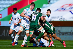 Niall Annett of Worcester Warriors is challenged by Isaac Curtis-Harris of London Irish and Terrence Hepetema of London Irish - Mandatory by-line: Ryan Hiscott/JMP - 13/09/2020 - RUGBY - Twickenham Stoop - London, England - London Irish v Worcester Warriors - Gallagher Premiership Rugby