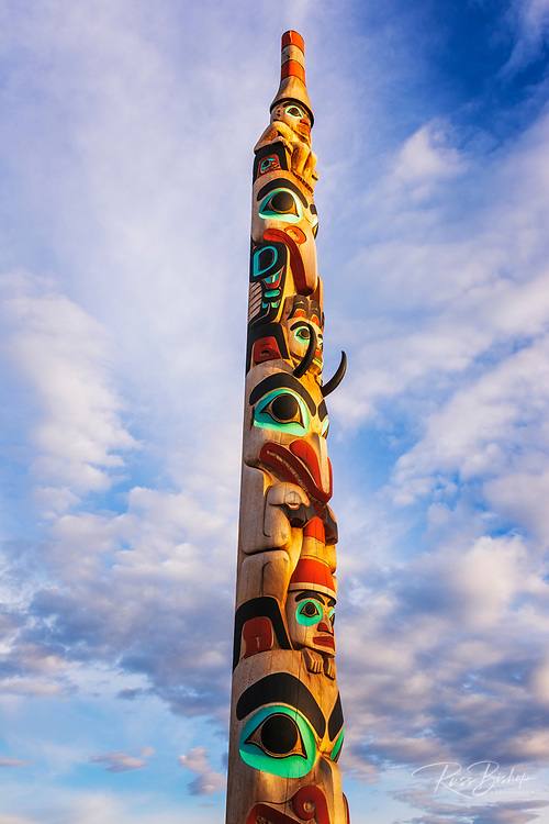 Totem pole in the town of Jasper, Jasper National Park, Alberta, Canada