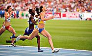 Ukraine's Yelizaveta Bryzhina runs to win heat 2 during the women's 200m semi-final at the 2010 European Athletics Championships at the Olympic Stadium in Barcelona on July 30, 2010