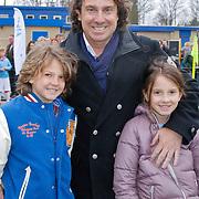 NLD/Blaricum/20120314 - Perspresentatie Koen Kampioen met als gastrol Luca Borsato, Marco Borsato met zoon Senna en dochter Jada