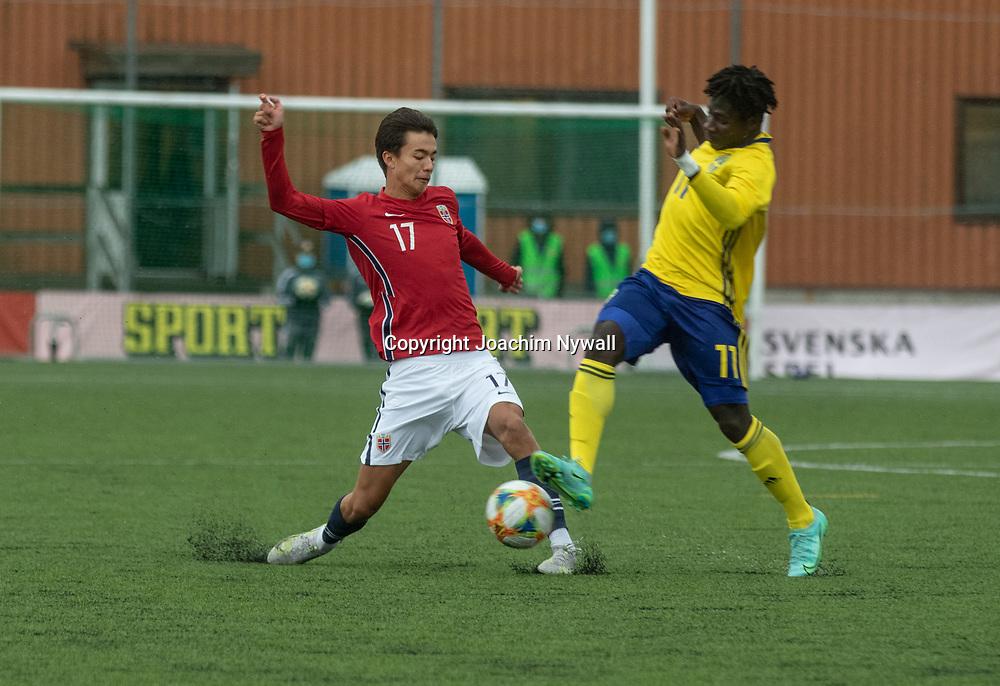 Skärhamn Tjörn 2021 09 23<br /> Fotbolls landskamp<br /> Sverige vs Norge P15<br /> Norges Max Herman Bjurström<br /> <br /> ----<br /> FOTO : JOACHIM NYWALL KOD 0708840825_1<br /> COPYRIGHT JOACHIM NYWALL<br /> <br /> ***BETALBILD***<br /> Redovisas till <br /> NYWALL MEDIA AB<br /> Strandgatan 30<br /> 461 31 Trollhättan<br /> Prislista enl BLF , om inget annat avtalas.