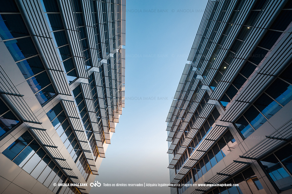 Edifícios com escritórios e lojas no condomínio Dolce Vita em Talatona, Luanda Sul, Angola