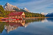 Maligne Lake<br />Jasper National Park<br />Alberta<br />Canada