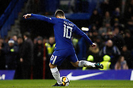Eden Hazard of Chelsea scores the winning penalty in the penalty shoot out. The Emirates FA Cup, 3rd round replay match, Chelsea v Norwich City at Stamford Bridge in London on Wednesday 17th January 2018.<br /> pic by Steffan Bowen, Andrew Orchard sports photography.