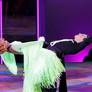 NLD/Hilversum/20120916 - 4de live uitzending AVRO Strictly Come Dancing 2012, Sylvana Simons met danspartner Redmond Valk