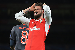7 March 2017 - UEFA Champions League - (Round of 16) - Arsenal v Bayern Munich - Olivier Giroud of Arsenal rues a missed chance - Photo: Marc Atkins / Offside.