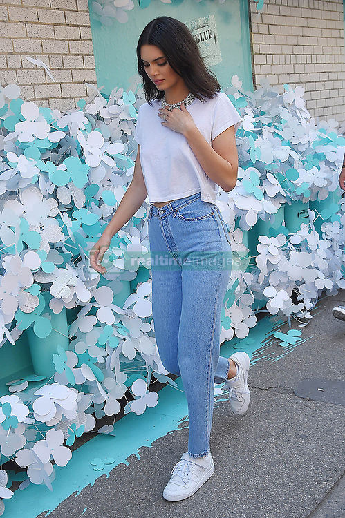May 4, 2018 - New York City, New York, USA - 5/3/18.Kendall Jenner is seen on the set of a photo shoot in New York City..(NYC) (Credit Image: © Starmax/Newscom via ZUMA Press)
