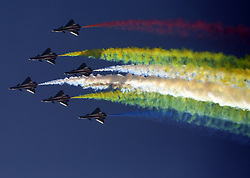 November 22, 2018 - Zhuhai, Zhuhai, China - Aerobatic Team of the Chinese PLA Air Force performs at Zhuhai Airshow 2018 in Zhuhai, south China's Guangdong Province. (Credit Image: © SIPA Asia via ZUMA Wire)