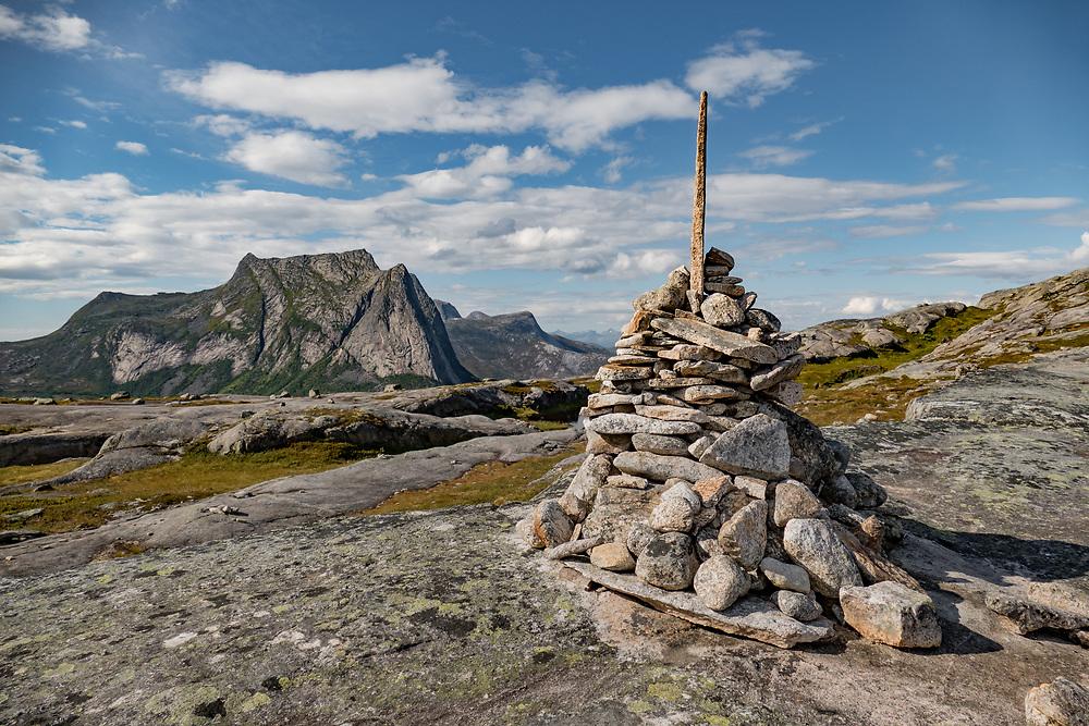 Varde på Verdensvadet i Efjorden, Ballangen kommune i Nordland fylke.