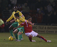 Photo: Mark Stephenson.<br />Crewe Alexander v Swansea City. Coca Cola League 1. 26/12/2006.<br />Swansea's Marcos Painter fights for the ball.