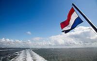 HARLINGEN  - Veerboot van Rederij Doeksen .  COPYRIGHT KOEN SUYK