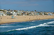 Beachfront Homes on the Coast of Manhattan Beach California