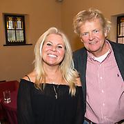 NLD/Heemstede/20151116 - Boekpresentatie De Zin van het Leven, Marga Scheide en partner Michiel Gunning