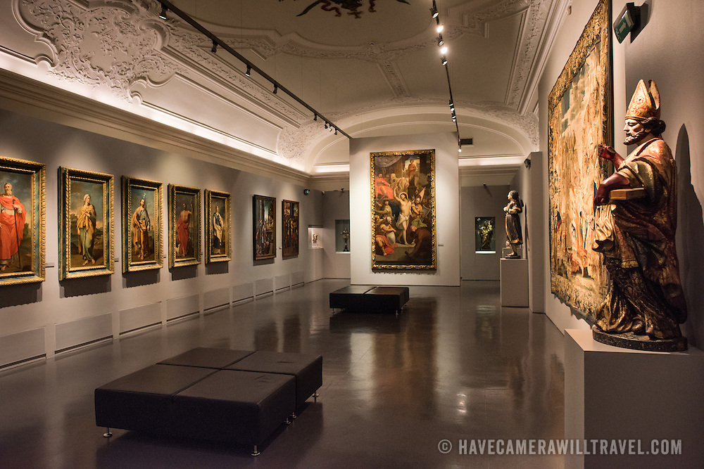 The Museu de São Roque is a museum attached to the the Igreja de Sao Roque to display various historical religious artefacts from the church. The 16th century Igreja de São Roque was one of the earliest Jesuit churches in Christendom and features a series of ornately decorated Baroque chapels.