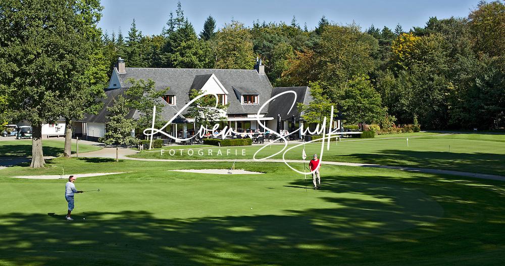 ENSCHEDE - Golfbaan- Het Rijk van SYBROOK, Clubhuis   . COPYRIGHT KOEN SUYK