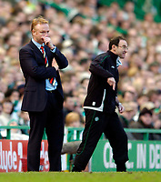 Photo. Jed Wee.Digitalsport<br /> Glasgow Celtic v Glasgow Rangers, Scottish FA Cup, Celtic Park, Glasgow. 07/03/2004.<br /> Rangers manager Alex McLeish (L) and Celtic counterpart Martin O'Neill get animated in urging their team on.