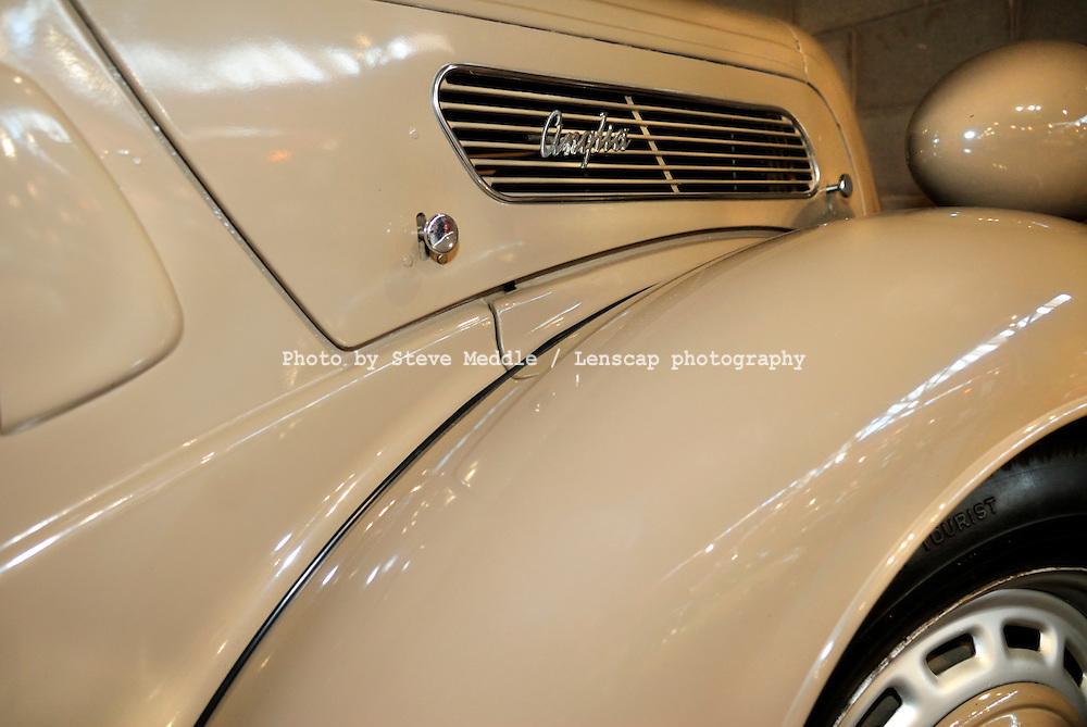 Ford Anglia E494A 1949, Badge Detail - 2010